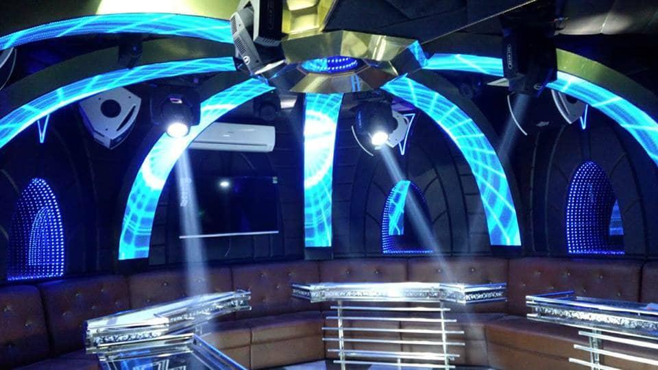 led-man-hinh-quan-karaoke